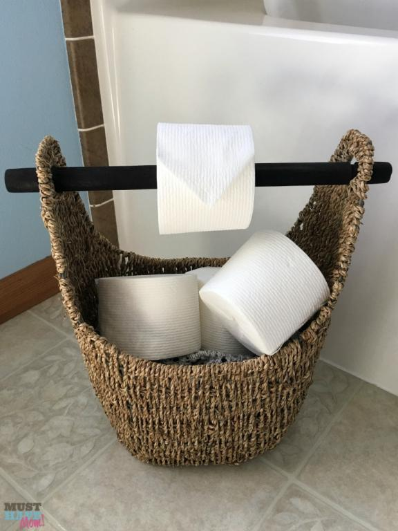 Combination of Toilet Paper Dispenser and Storage Basket