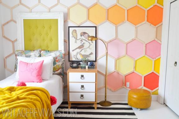 Do not  Be Afraid to Go Retro Bedroom Design