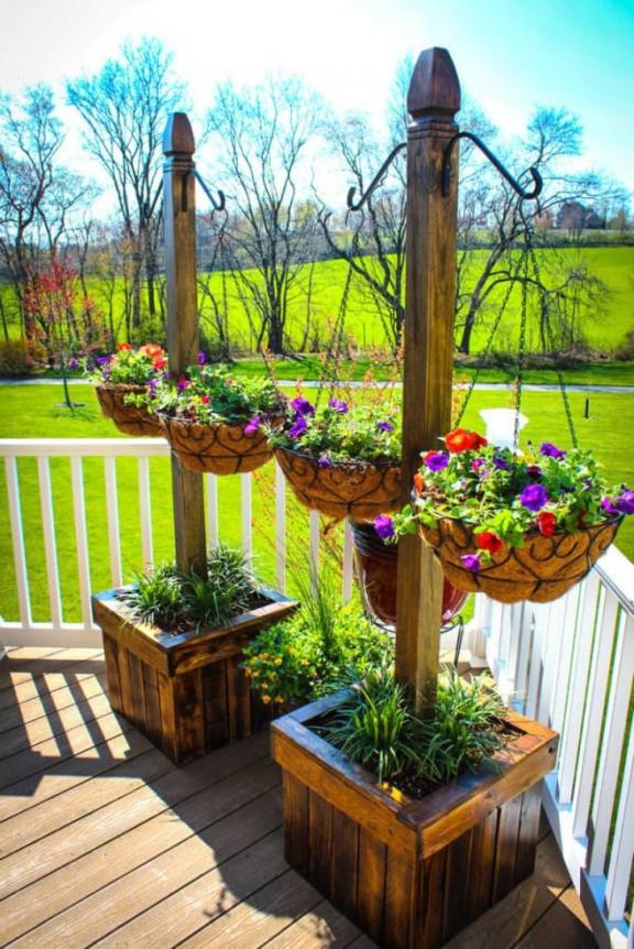 Elegant Wooden Hanging Flower Garden and Plant Box