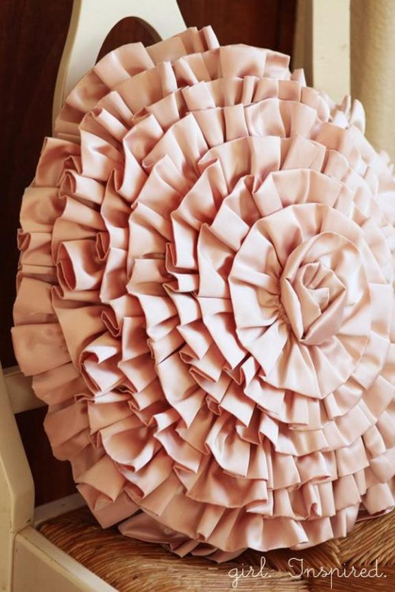 Enorme DIY Rose Throw Pillow!