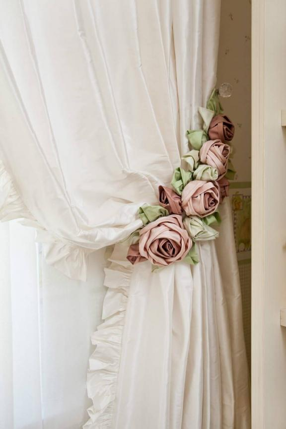 Cravatte Shabby Chic Rose Curtain Tie