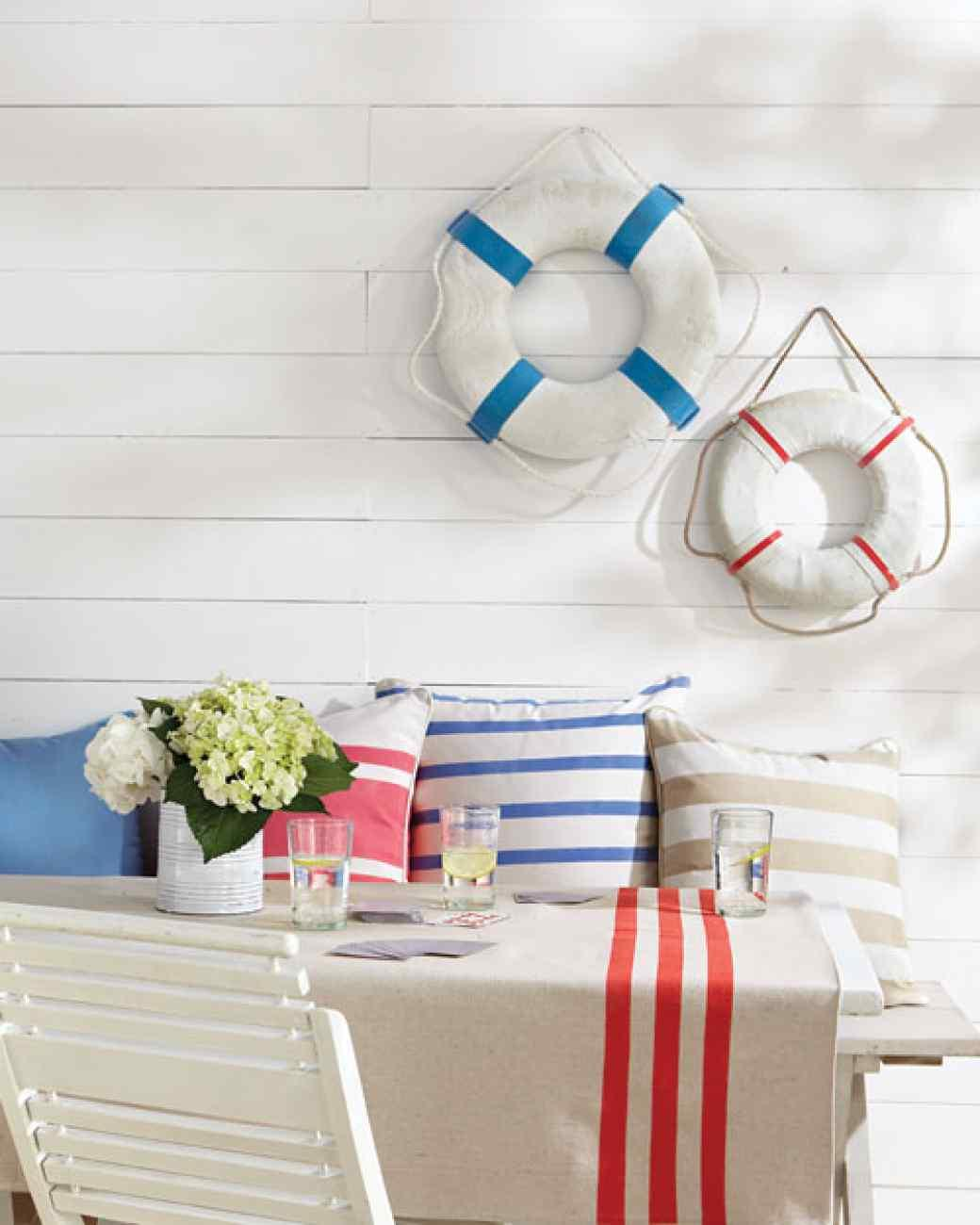 Beach inspired breakfast room summer house ideas