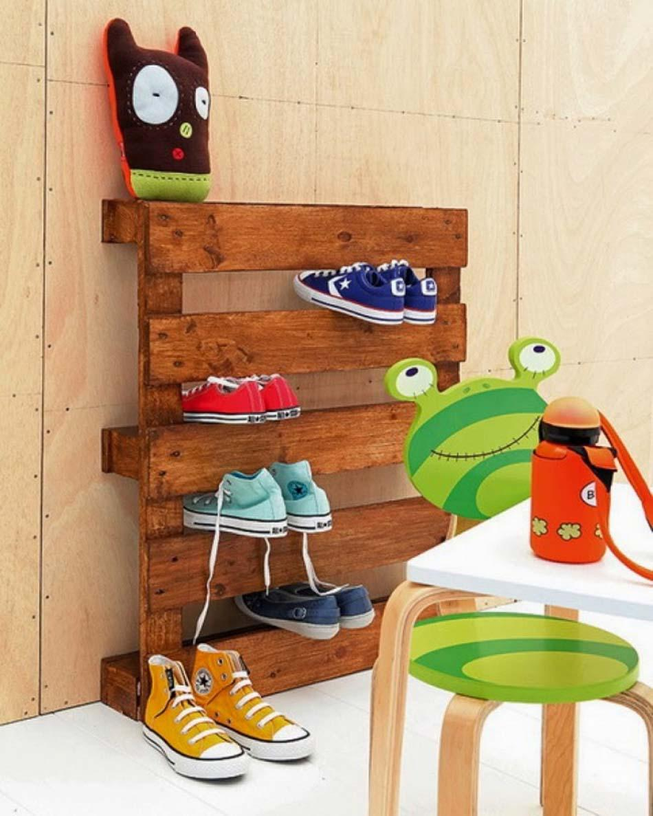 Child Shoe Ladder