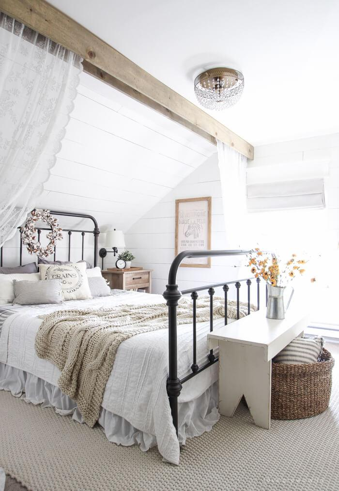 Enchanted Outback Bedroom Abode