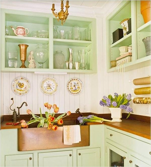 Great Colors Make an Ordinary Kitchen Extraordinary
