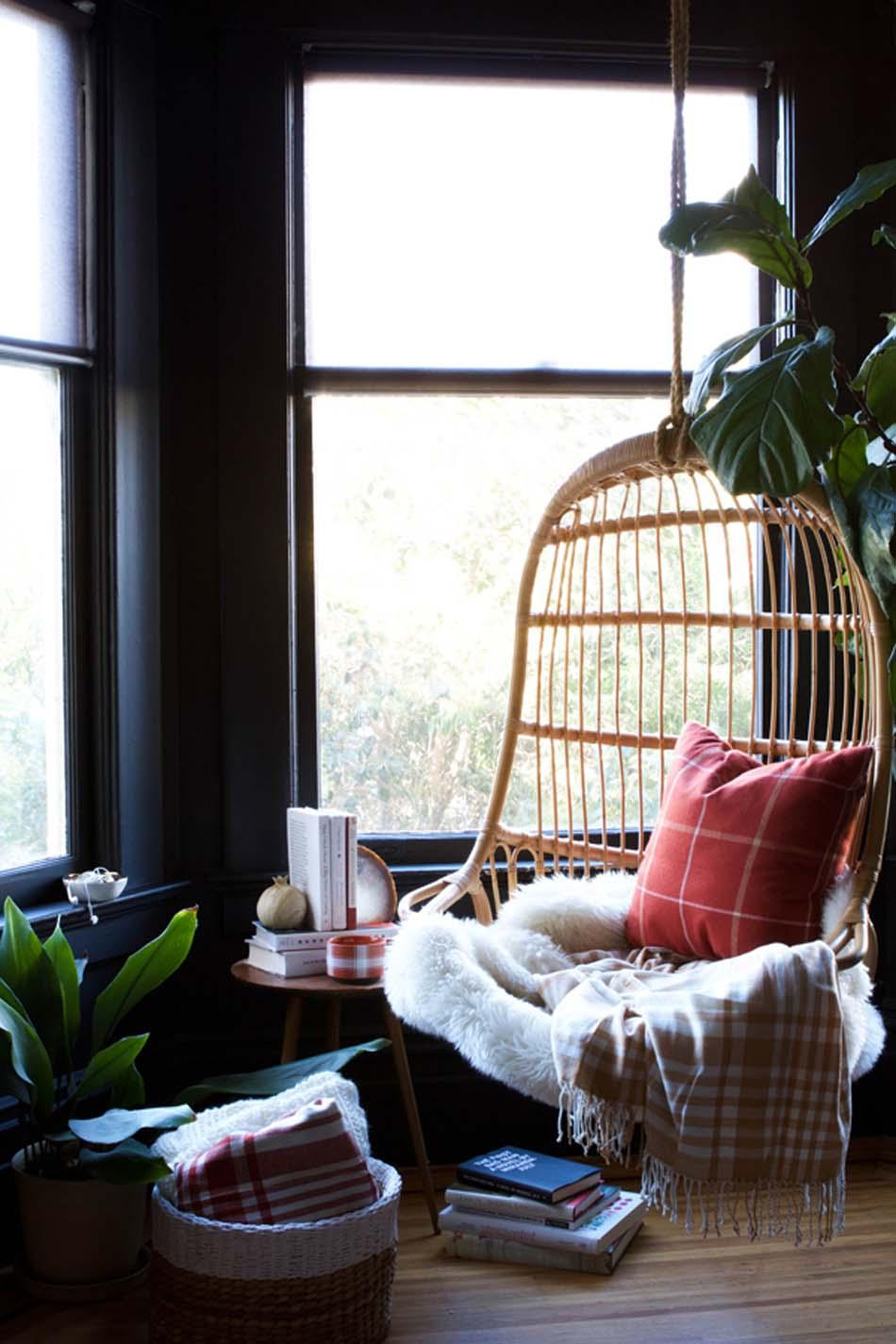 Hang Around in a Birdcage Nook