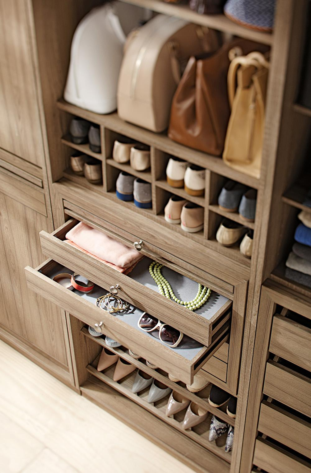 No Wasted Space In This Closet