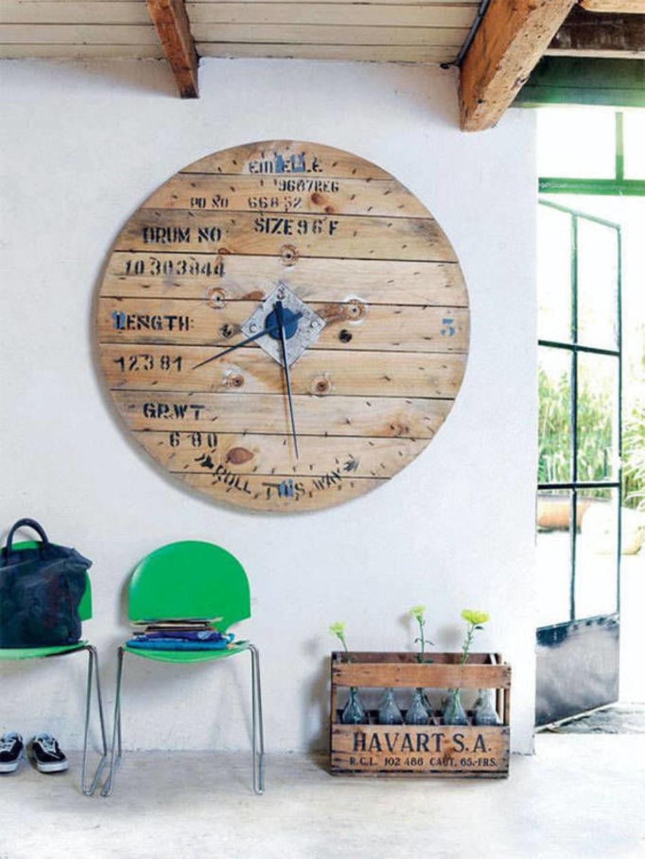Reclaimed Wood Wall Clock