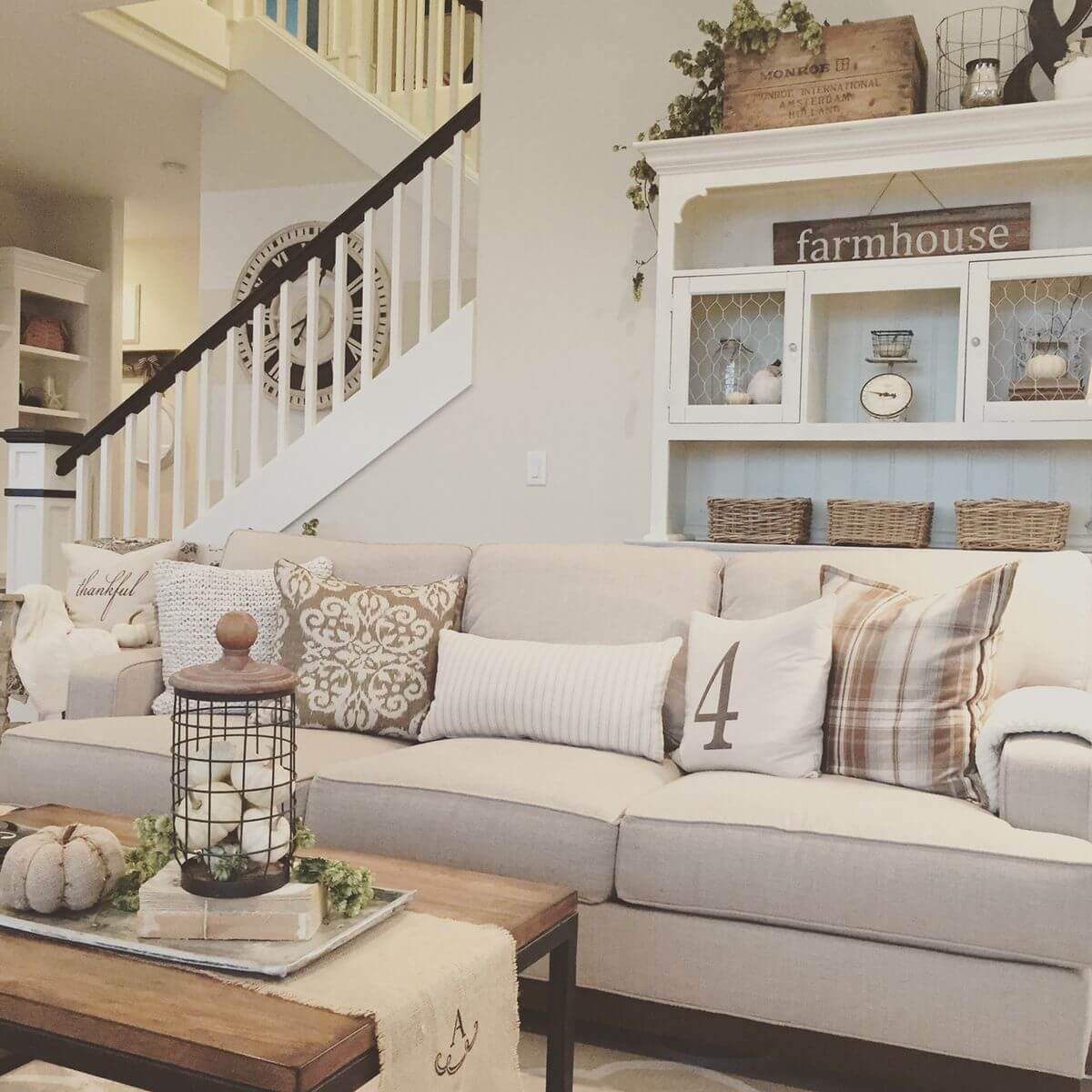 Relaxed Livingroom With Folksy Display Hutch Decoration Ideas