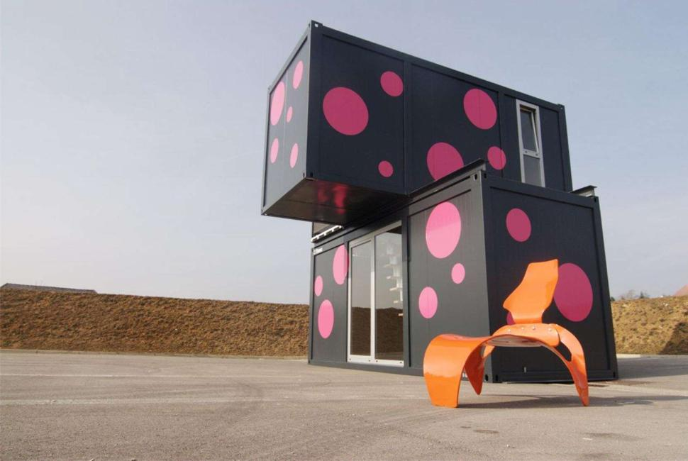 shipping-container-homes-26